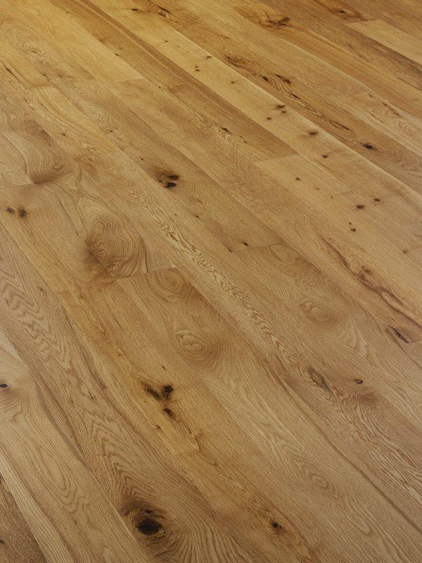 V4A104 Oak Rustic Brushed & UV Oiled