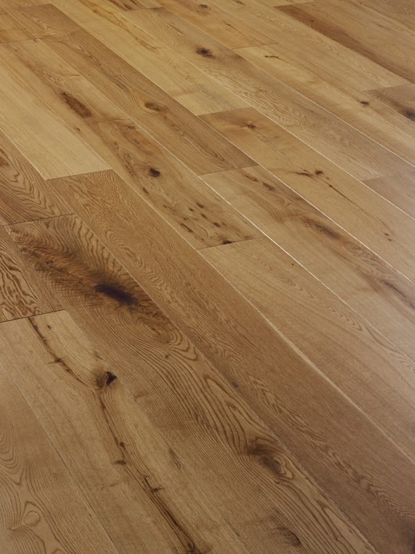 V4EC101 Oak Rustic Matt Lacquered