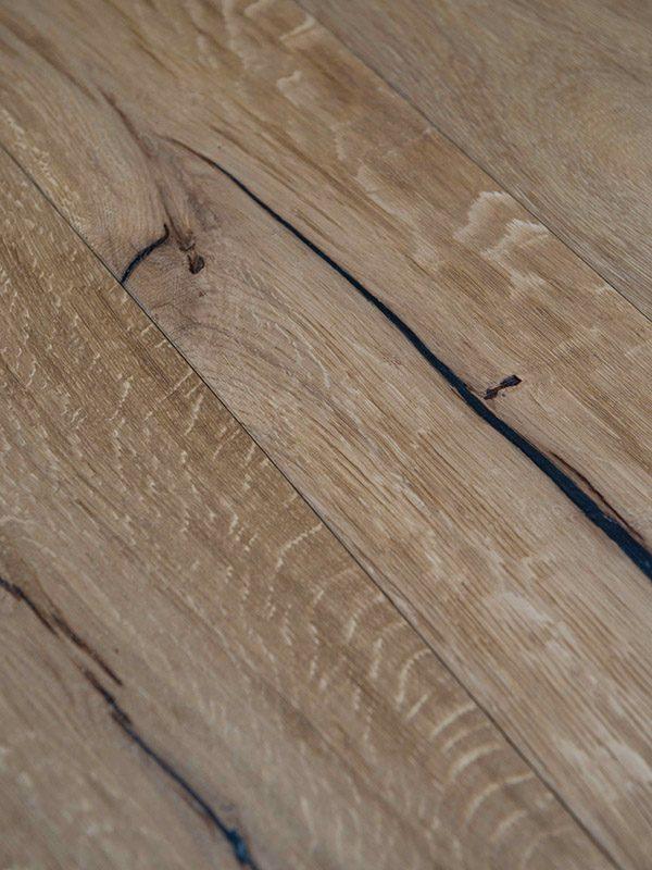 V4UN103 Oak Weathered Beam, Hand Finished & Hard Wax Oiled