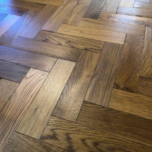 V4ZB201 Smoked Oak Brushed & UV Oiled
